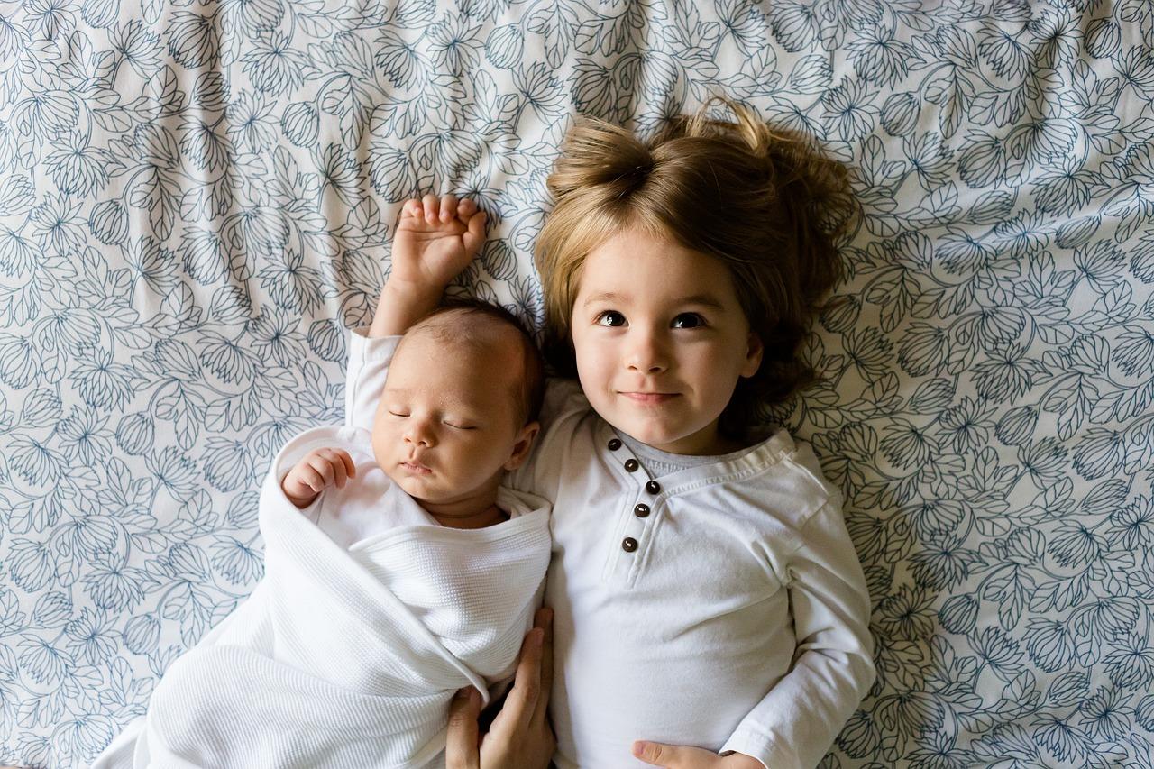 出産後に夫がすぐにやるべき4大手続き【15日以内が勝負】